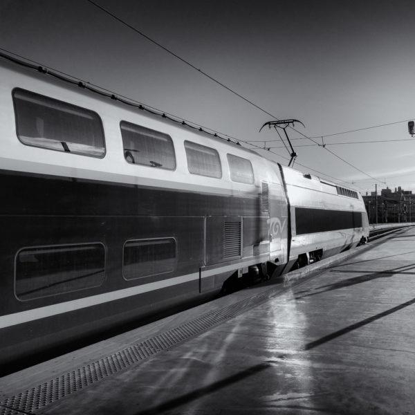 05 - Un TGV-Duplex SNCF peu avant son départ vers Lille (Marseille, Mai 2015)