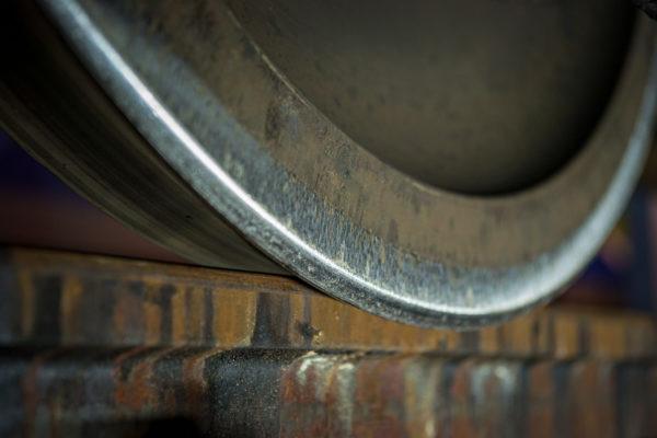 Planche 6 : Le contact rail-roue vu sous un autre angle. Juillet 2010.