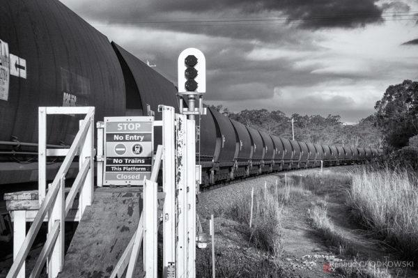 Ceci n'est plus un quai ... mais dans le passé des trains de voyageurs s'arrêtaient ici !