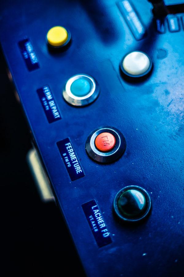 Bouton rouge ou bouton bleu (Juillet 2012)